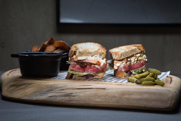 American steak sandwich, 4