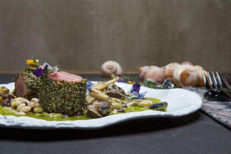 Αρνάκι φρικασέ με όσπρια και σαλιγκάρια, 3