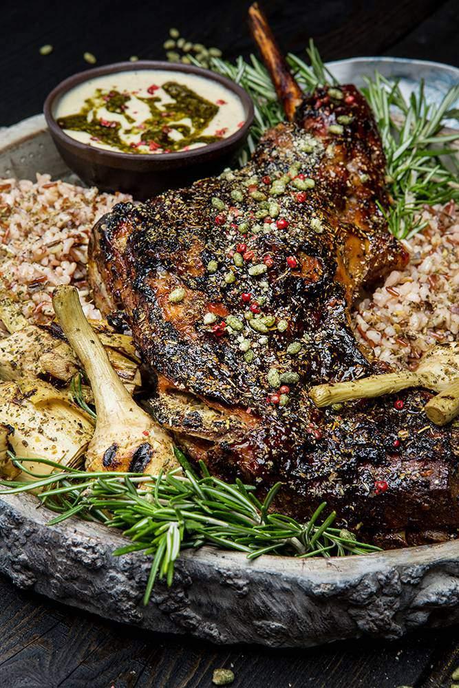 Αρνάκι στο ξυλόφουρνο, ψητές αγκινάρες, μείγμα ρυζιών & σάλτσα αγκινάρας, 8