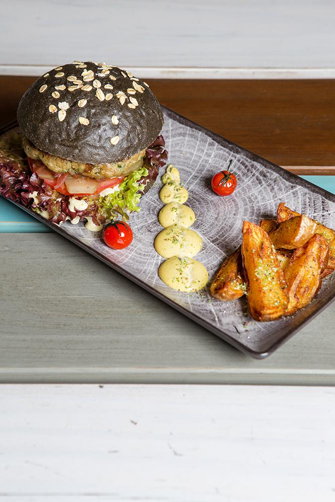 Black Croc burger, Esperanto, 4