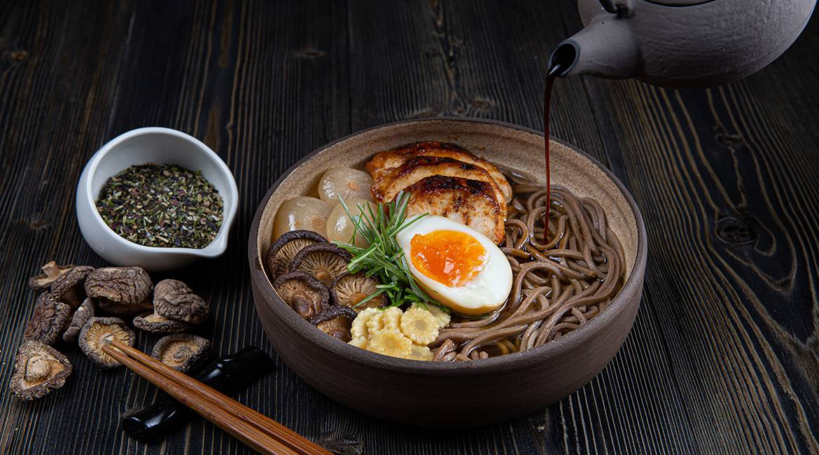 Chicken ramen with soba noodles, feature