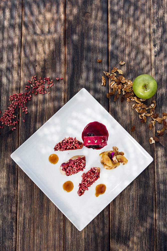 Foie gras, raspberry crispy rice & caramelized apples, Γιώργος Καμπάκης, Kappa Resort, 5