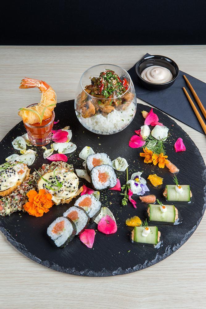 Japanese pallet of flavors, Saki sushi bar,2