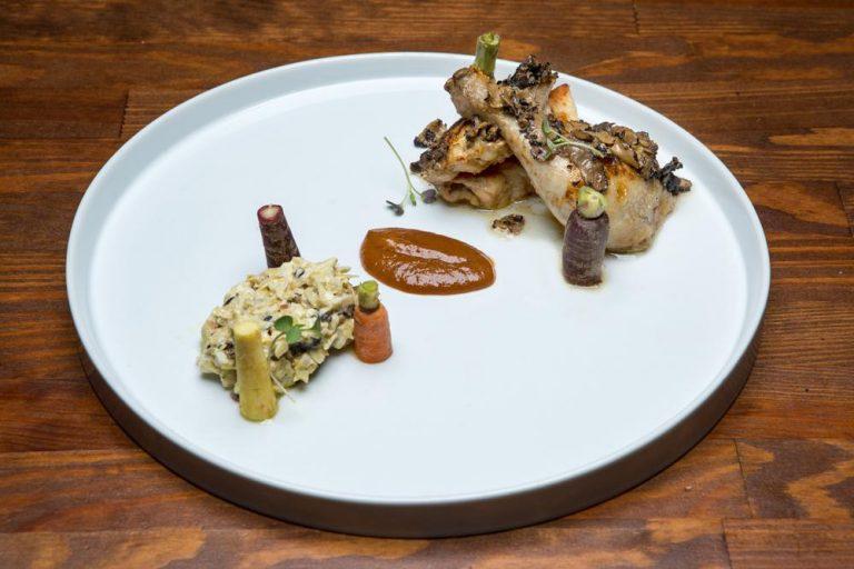 Κοκοράκι με carpaccio τρούφας & brunoise αγκινάρας, Chilai, 1
