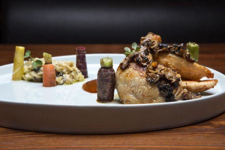 Κοκοράκι με carpaccio τρούφας & brunoise αγκινάρας, Chilai, 4