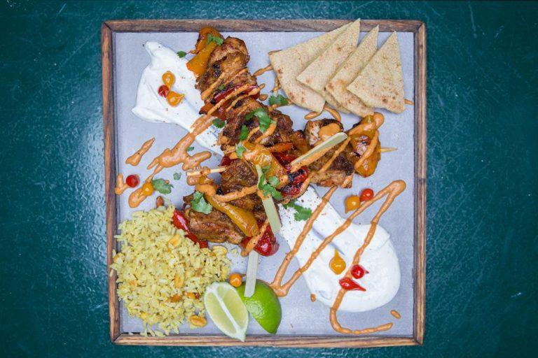 Κοτόπουλο Tikka Masala με Basmati και sauce γιαουρτιού, Τοίχο Τοίχο, 3