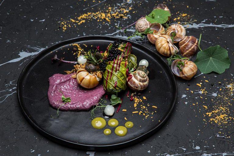 Ντολμάδες λαχανίδας με σαλιγκάρια, πλιγούρι και κρέμα radicchio, Βαρύ πεπόνι, 1