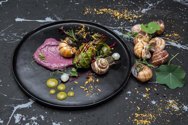 Ντολμάδες λαχανίδας με σαλιγκάρια, πλιγούρι και κρέμα radicchio, Βαρύ πεπόνι, 4
