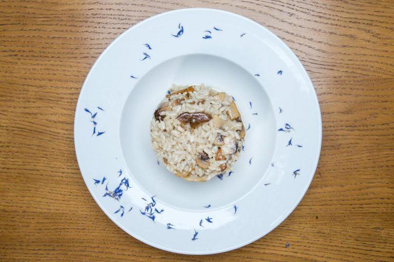 Ριζότο με άγρια μανιτάρια και φοντί παρμεζάνας, Μαστίχα, 2