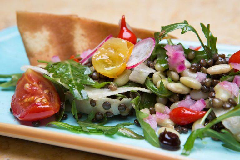 Σαλάτα με όσπρια και ξυρισμένα λαχανικά, Les Zazou, 4