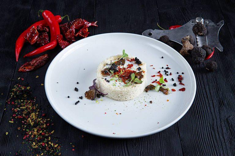 Tartare τσιπούρας με τρούφα, Ηλίας Χιλάλ, Marea, 1