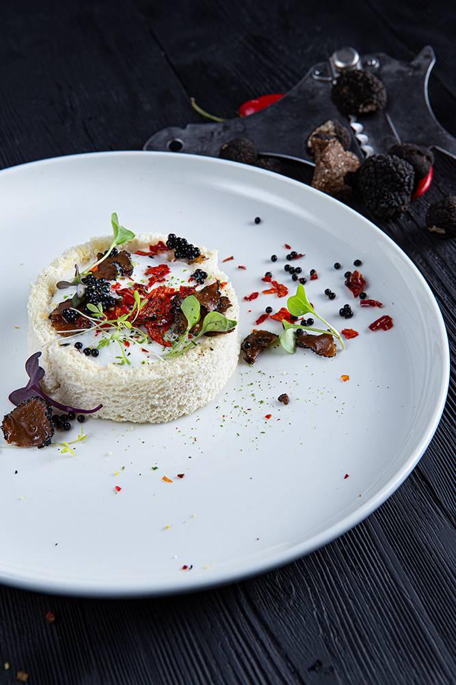 Tartare τσιπούρας με τρούφα, Ηλίας Χιλάλ, Marea, 5