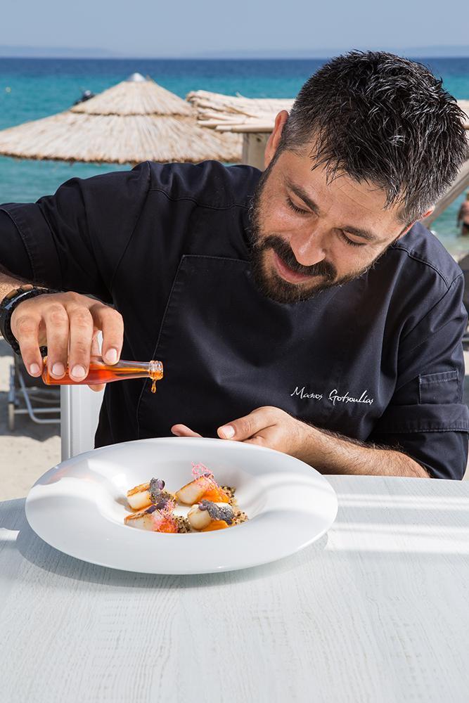 Χτένια με λάδι αστακού, πουρέ καρότου & τρίχρωμη κινόα, Azur, 6