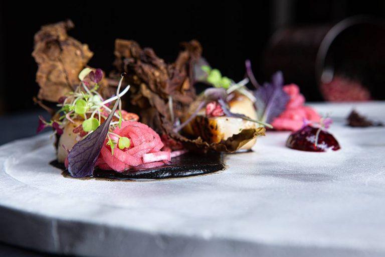 Χτένια με κρέμα αγκινάρας, bacon θαλάσσης & σμέουρα, Άγγελος Ρημάδης, Mangiare gastro bar, 3