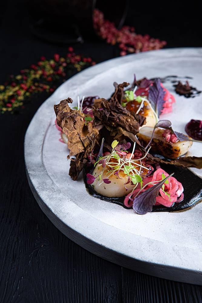 Χτένια με κρέμα αγκινάρας, bacon θαλάσσης & σμέουρα, Άγγελος Ρημάδης, Mangiare gastro bar, 6