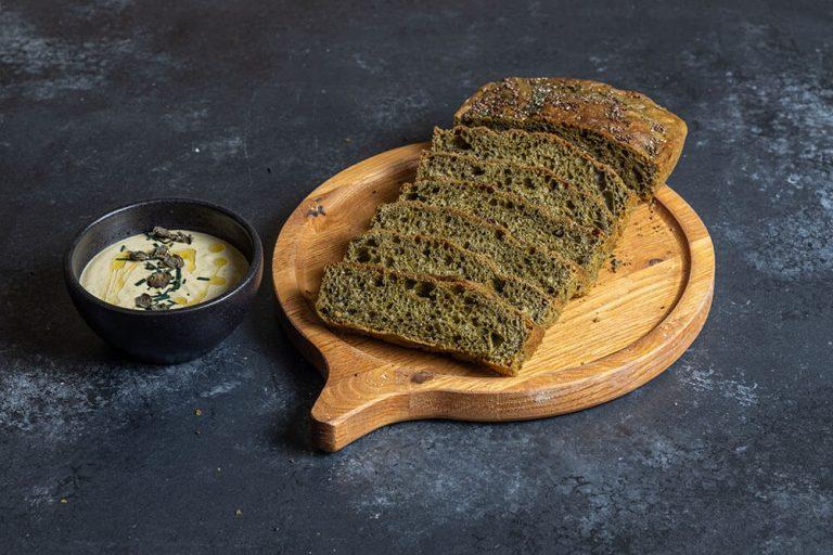 The ultimate bread basket, Spirulina bread, 1